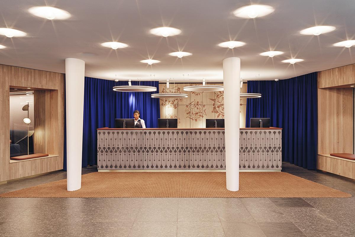 Swissotel Bern, Empfang